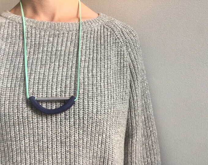 Bendy Necklace ++ Polymer Clay Jewellery, Bold Jewellery, Spring Style, Statement Jewellery, Large, Colour Pop, Navy Jewellery, Blue Green