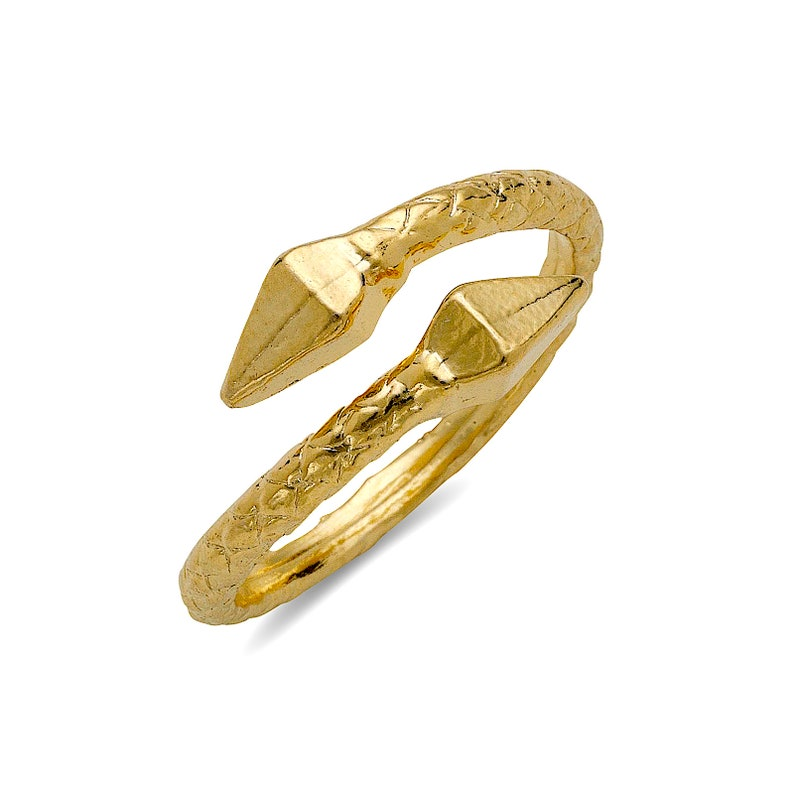 Pyramid ends 10K Yellow Gold West Indian Ring