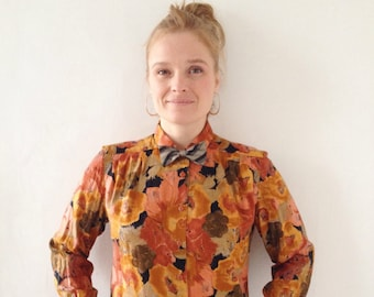 Vintage top,blouse perfect to get ready for the fall,90s