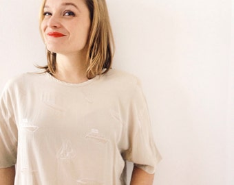 Vintage creamy top,blouse, short sleeves with boats embroidered