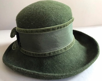 WOOL Hat LODEN Olive Green Winter Alpine Style Made in Italy for  Bloomingdale s Vintage Hat 0feaefc4048