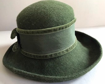 08c8747e48b WOOL Hat LODEN Olive Green Winter Alpine Style Made in Italy for  Bloomingdale s Vintage Hat