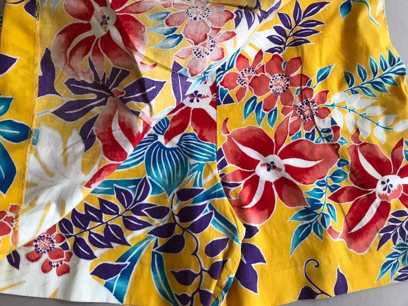 Tropical SKORT Cotton Robert James New York Bursting Flowers Yellow Blue Purple White Size Medium Vintage 1980s