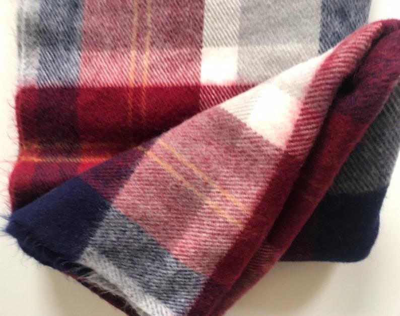 FARIBO Tartan Plaid Blanket Throw Maroon Blue Gray Blue Off-White FARIBAULT Woolen Mill Co 53 x 42