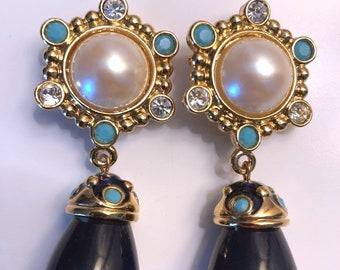 Jose Barrera for Avon Vintage Goldtone Dangle Earrings