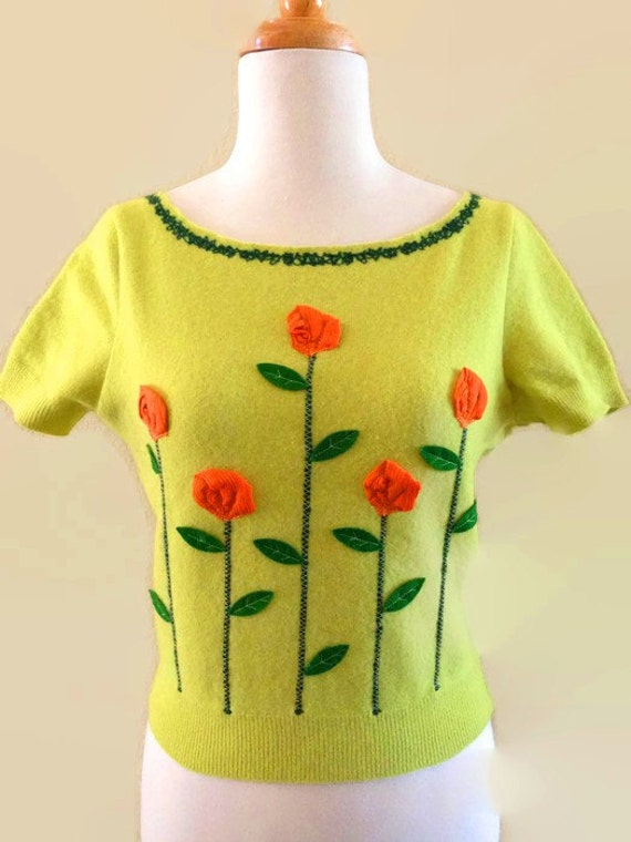 Moschino Bright Green Cropped Sweater Vintage Desi