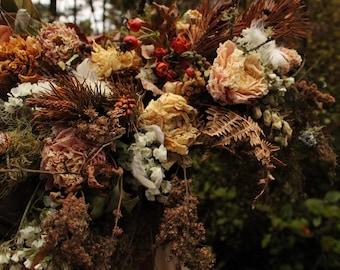 dried flower bouquet, dried orange bridal bouquet, rust orange bouquet, woodland bouquet, mountain elopement bouquet, rustic bouquet, peony