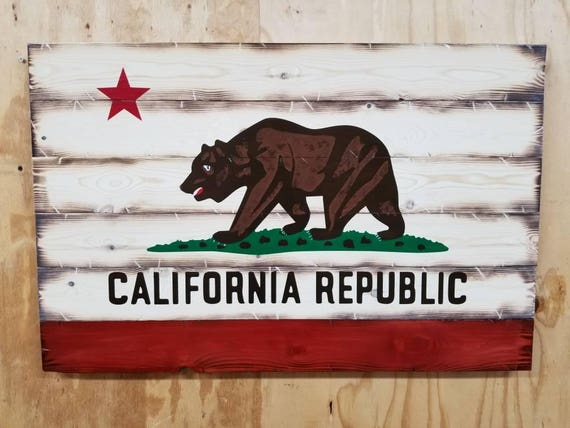 Wooden Rustic-Style California Flag