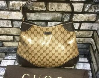 e8d1bebbe4 Gamme de cristal Gucci GG, automne hiver collectin, sac à main designer,  toile enduite, sac à bandoulière poignée unique.