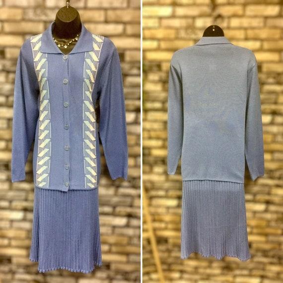 Grazia Italian pale blue two piece knit suit 1970-