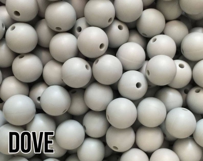 10 silicone beads SNOW WHITE 17mm ICOSAHEDRON BPA free baby teeth safe necklace