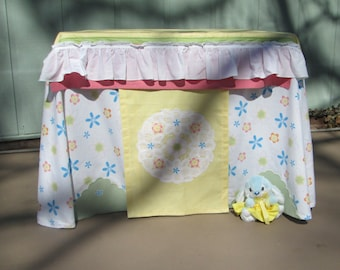 Card table playhouse, yellow and flower print with bunny