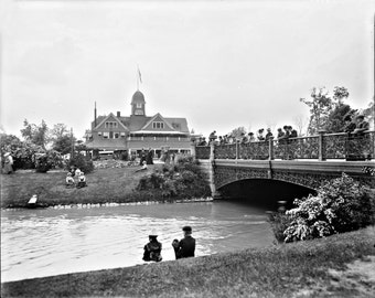 1900 - Casino and Central Ave at Belle Isle