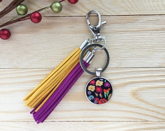 Button with Tassels Keychain, Floral Fabric Covered Button Keychain, Tassels Keychain, Handmade Gift for Her, Stocking Stuffer, Purse Charm