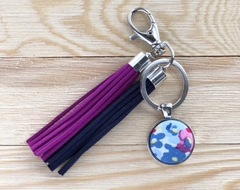 Floral Button with Tassels Keychain, Floral Purse Charm, Floral Fabric Button Keychain, Tassel Keychain, Gift for Her, Spring Keychain