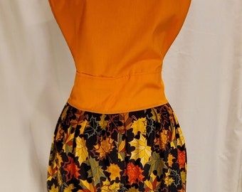 Ladies Reversible Apron | One Size | Fall Print | Pumpkins | Autumn Leaves