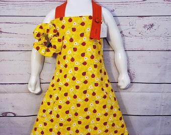 Child's Apron | Girls Apron | Size 7 - 8 | Ladybugs