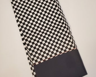 Standard Size Pillow Case   Checker Flag Themed   Guitars   100% Cotton