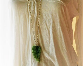 Leaf Necklace, Tropical Necklace, Green Leaf Necklace, Long Necklace, Crystal Necklace, Agate Necklace, Gemstone Necklace, Boho Necklace