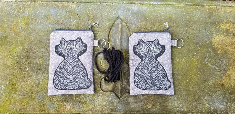 Celtic Knot Black Cat Purse Black Cat Bag Handbag Purse Phone Case Witchy Cat Crossbody Purse Halloween Witch Wicca Pagan
