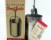 Aluminum Donut Master Model 180a in Original Box Vintage 1950s