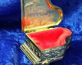 Grand Piano Shaped Gold Tone Japan Vintage Jewelry Velvet Lined Ring Box