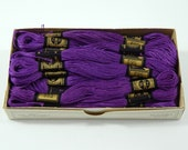 DMC Embroidery Floss Medium Violet 552 Size 25 Vintage Box of 19 Skeins France