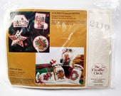 Creative Circle Felt Christmas Cut Outs Ornaments Kit #2110 Vintage 1979