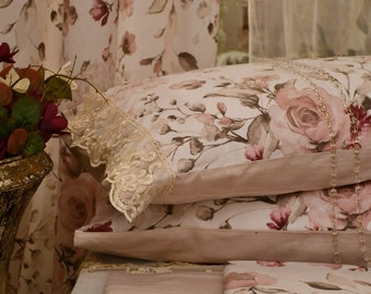 Rose flower sheets, peonies, magnolias, ortensies in pure organic cotton and fine lace