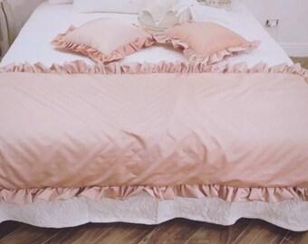 Pink taffeta bed runner