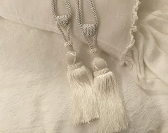 Fermatende/Ambrasse for precious tent decoration tassels Italian luxury