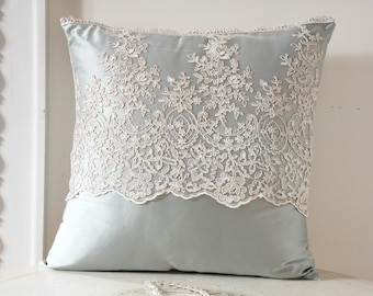 LUXORY cushion satin in tiffany silk and fine lace