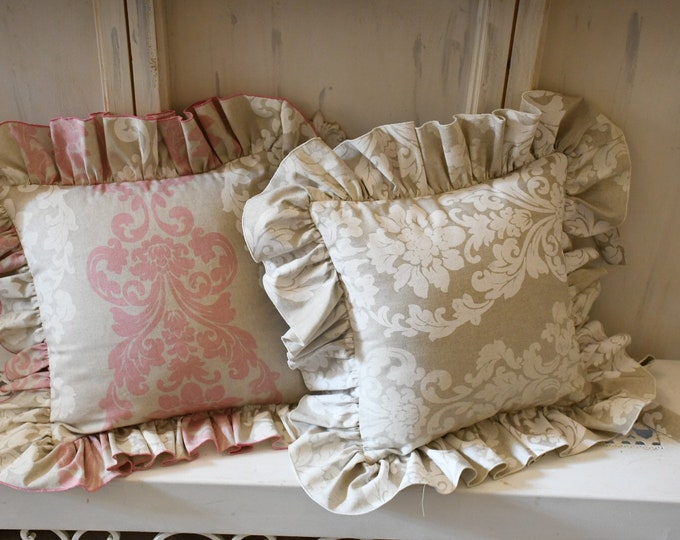 "Pillow with voilant ""ARABESQUE"""