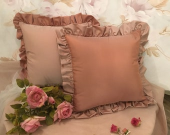 antique rose for the set of 2 cushions with voilant of fine Italian taffeta