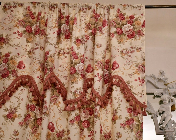 """""""Vintage Rose"""" flower tent with mantua and bell trimmings"""