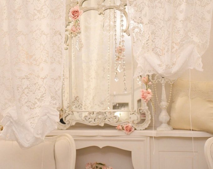 Window curtain in white lace