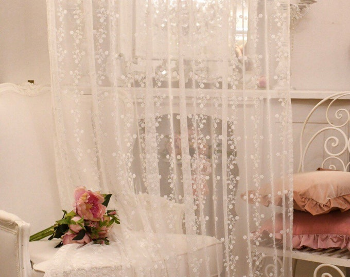 """White embroidered tulle curtain """"Sissy"""""""