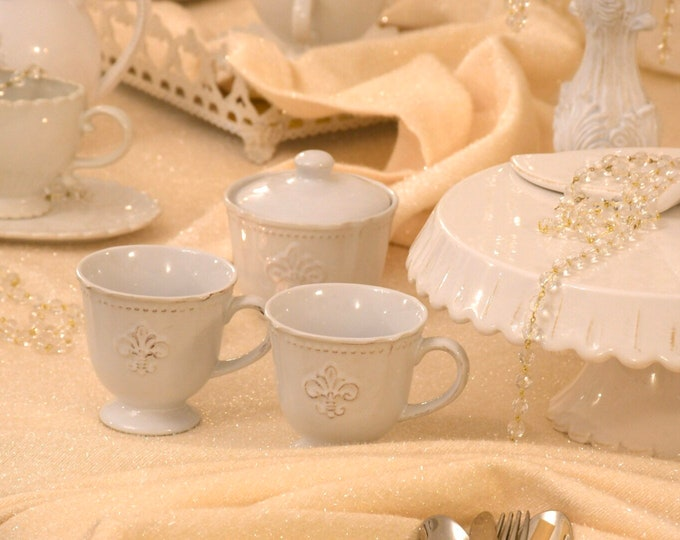 """Luxury """"milleluci"""" gold/beige handmade tablecloth in Italy"""
