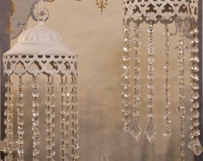 Crystal drops chandelier