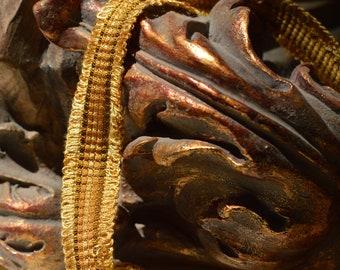 Precious Italian vintage trimmaneria gold