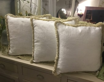 Shabbychic pure white pillow