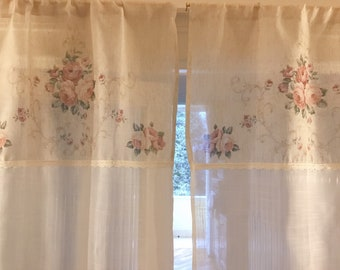 Glass curtains with roses