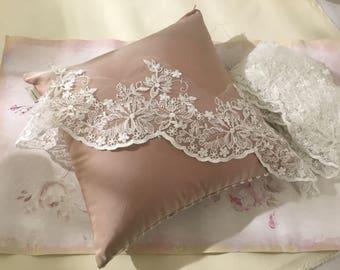 """Fine lace Lace """"MARIA VITTORIA"""" white"""