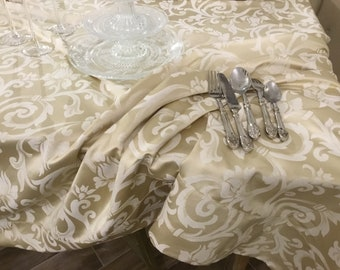 Luxury tablecloth Damask