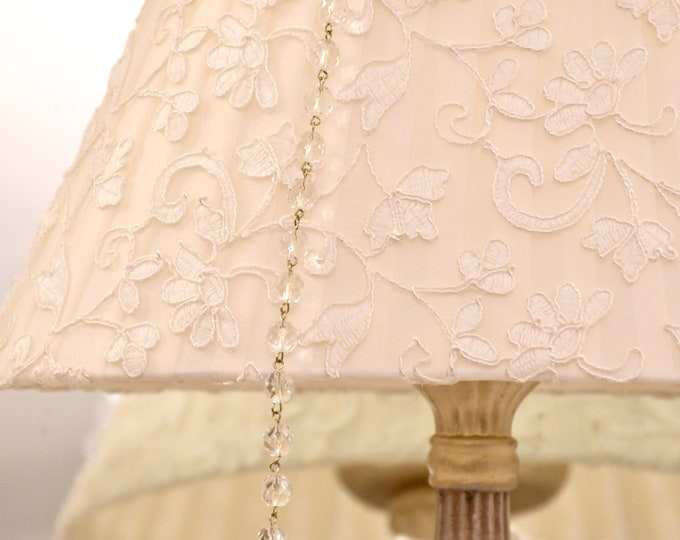 "Lace lampshade ""Wonderful Embroidery"""