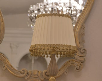 Classic lampshade with gold trimmings