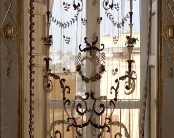 """""""Victorian"""" tent Bordeaux décor the volutes"""