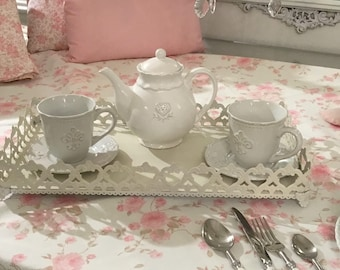 Shabbychic Tablecloth with flowers