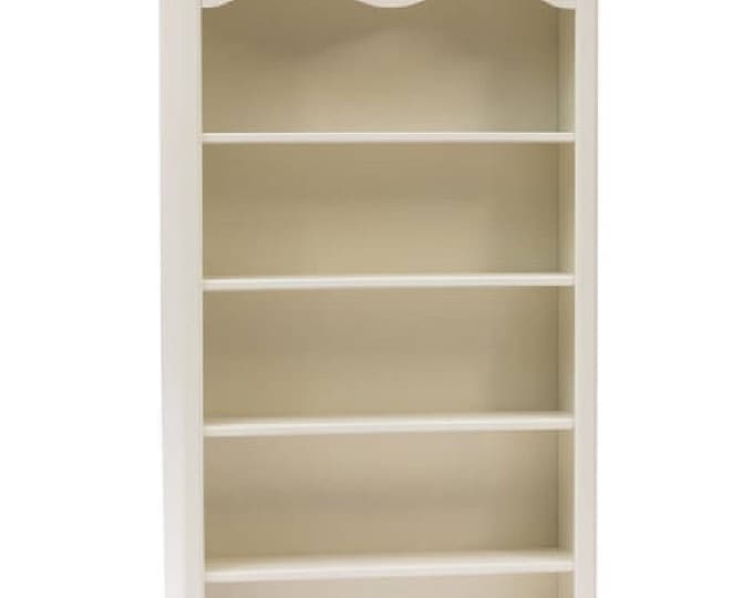 "Ancient white bookcase ""Lenor"""
