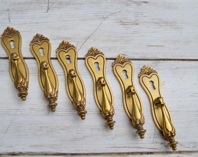 Baroque style handles Set